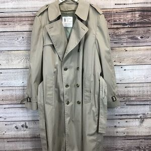 London Fog 44 Long Tan Trench Coat & Lining